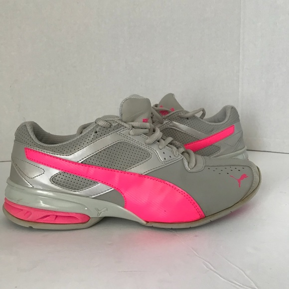191531a76781 Women s Puma sneakers running shoes Gray Pink 9